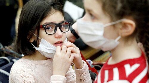 Как уберечь себя и ребенка от простуд: совет опытного врача