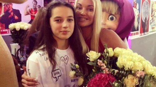 Анастасія Волочкова показала вищу дочка: Аріадна виросла справжньою красунею (ФОТО)