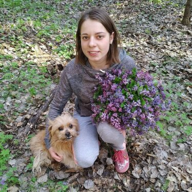Photo by @melnyk_tamara_viktorivna on March 29, 2020. Image may contain: 2 people, dog, outdoor and nature