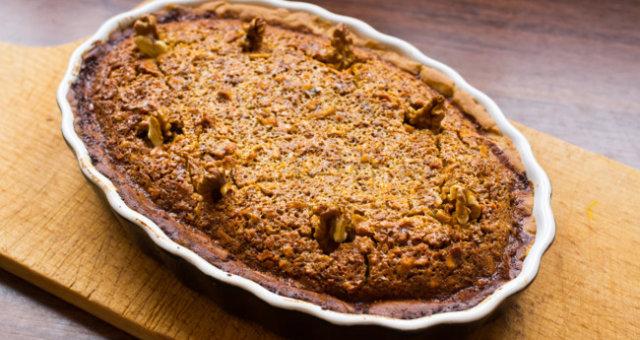 пиріг з горіхами