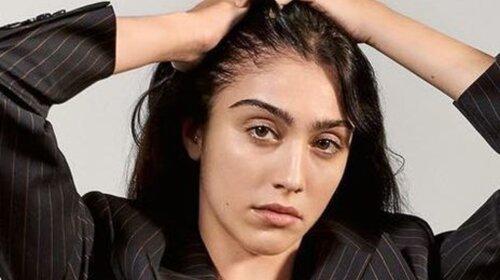 Без белья, с волосами в пикантных местах: дочь Мадонны вышла на улицу в неглиже (ФОТО)