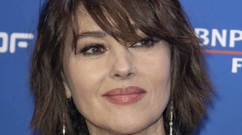 Розкішна Моніка Беллуччі вразила ефектним чином на кінопремії у Брюсселі