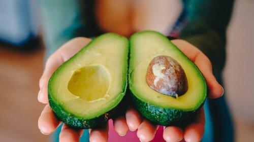 Рецепт тоста с авокадо и шампиньонами от Светланы Фус