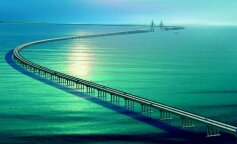 Китай построил самый длинный в мире мост