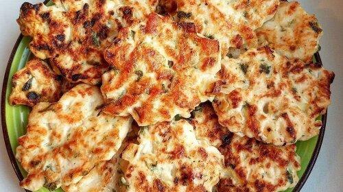 Рубленые котлетки из куриной грудки или мясо по-албански: быстро, вкусно и очень просто