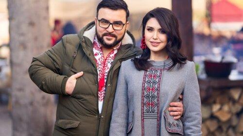 Людмила Барбир и Руслан Сеничкин рассказали о рождественских традициях своей семьи