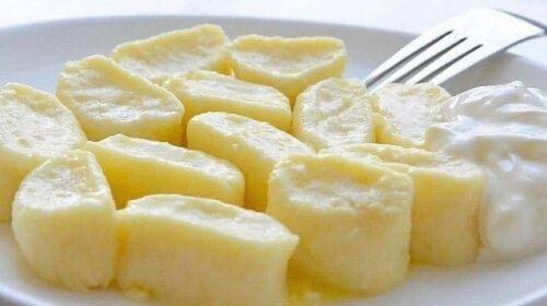 Ліниві вареники: ніжні і сирні