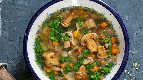 Самый вкусный грибной суп, приготовленный в мультиварке