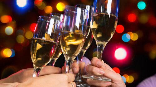 Новорічна ніч пройде без наслідків: експерт назвав найбезпечніший алкогольний напій