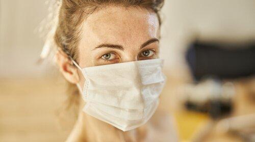 15 131 за сутки: в каких областях Украины наибольшее количество заболевших китайским вирусом