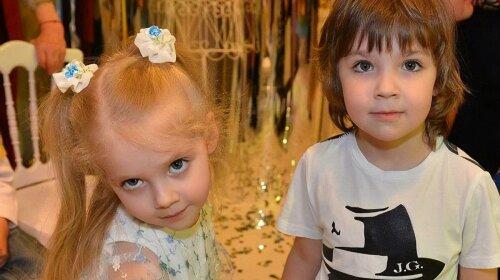 Гены Пугачевой не скрыть: Лиза Галкина в бархатном платье станцевала под клубную музыку – хочет быть похожа на маму
