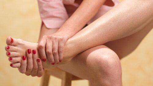 Судороги и бессонница: врачи назвали пять неприятных симптомов нехватки кальция