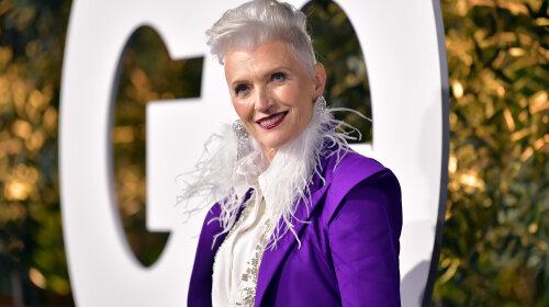 Перья, блестки и шнурки: 71-летняя мама Илона Маска восхитила экстравагантным нарядом