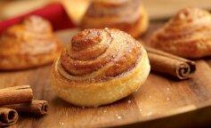Новогодняя выпечка: простой рецепт сладких булочек с корицей