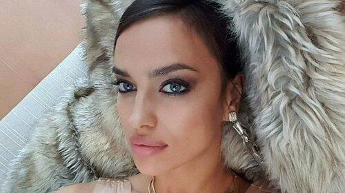 В крошечном фраке в окружении молодых красавцев: 34-летняя  Ирина Шейк показала откровенный кадр для рекламы известного бренда (ФОТО)