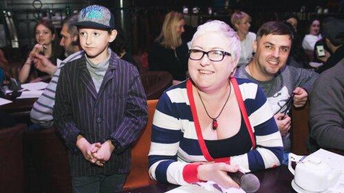 После развода карьера пошла вверх: Анна Свиридова стала ведущей утреннего шоу