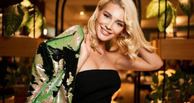 Миша Романова, фото в бикини, отдых