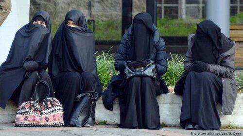 Коротконогие и усатые: как на самом деле выглядели любимые женщины османских падишахов (ФОТО)