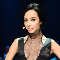Екатерина Кухар станцевала в пуантах под лирику Потапа: красиво и нежно