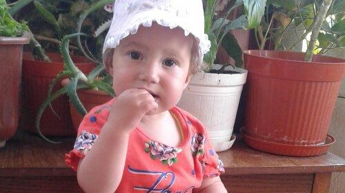 Дашеньке всего полтора года и она нуждается в помощи: история малышки с врожденным пороком сердца