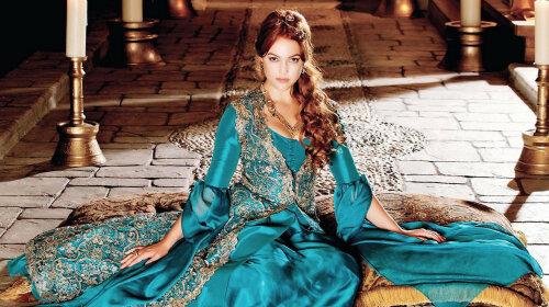 Рыжеволосая бестия, покорившая сердце султана: как в реальной жизни выглядела Хюррем