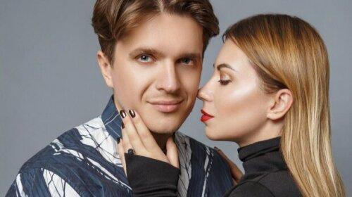 Без макияжа и с растрепанными волосами: жена Анатолия Анатолича показала себя на второй день после родов