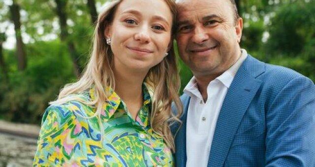 Виктор Павлик, певец, дочь