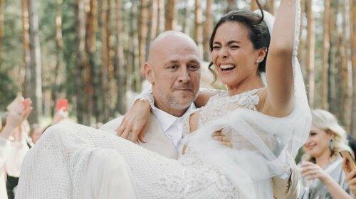 """Від шлюбу з Каменських постарів: Потап несподівано посивів і відростив """"попівську"""" бороду"""