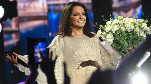 """В ее активе более 400 песен: Ротару получила награду """"Национальная легенда Украины"""""""