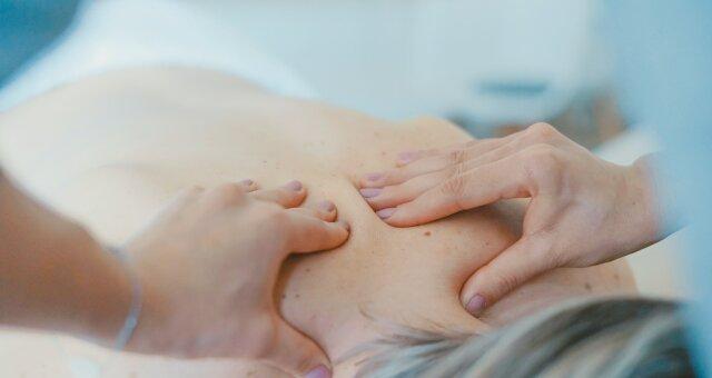 болит спина, грыжа, что делать, совет врача, ортопед