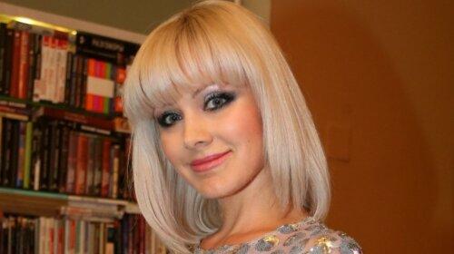 Глаза на пол лица и большие щеки: певица Натали показала поклонникам, какой она была в раннем детстве (ВИДЕО)