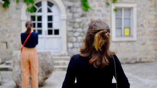 Не повернулася з прогулянки: в Одесі зникла 11-річна дівчинка — батьки благають повернутися (ФОТО)