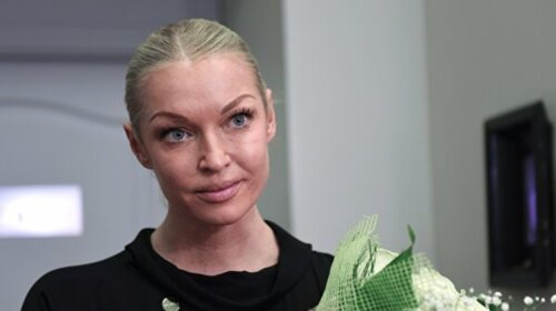 Лысина блестит: Анастасия Волочкова напугала Сеть странным образом — даже смотреть на это больно