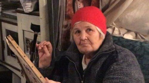 81-річна жінка створила незвичайну колекцію футболок (ФОТО)