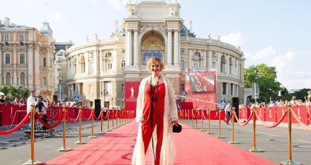 Рима Зюбина посетила церемонию закрытия Одесского кинофестиваля 2018