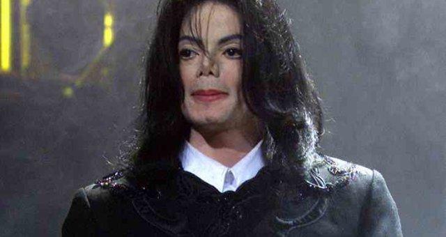 Майкл Джексон, умер