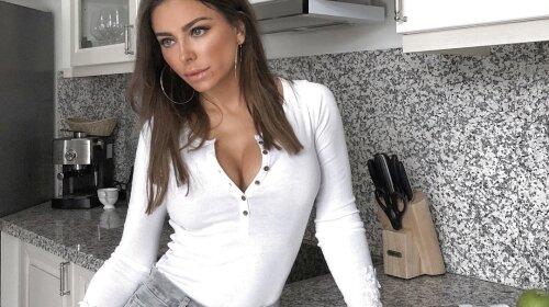 Ани Лорак, грудь, увеличила