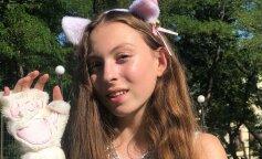 """14-летняя Маша Полякова в полупрозрачном платье пожаловалась на маму: """"говорит, что я дура"""""""