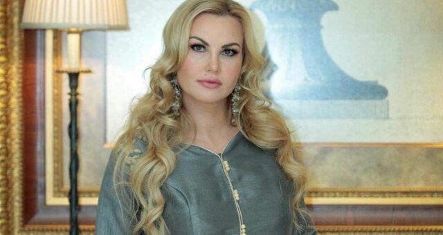 Камалия, певица, почтила память близкого друга