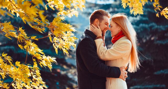Глоба назвал знаки Зодиака, которым октябрь принесет любовь всей жизни