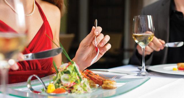правило 30 минут во время приема пищи