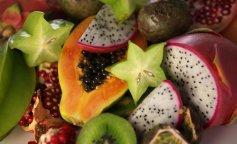 raznie-frukti-v-razreze-1350×900