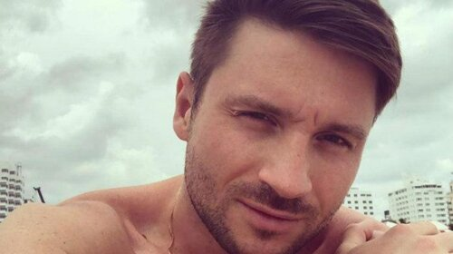Сергей Лазарев оценил свой портрет на татуировке фанатки (ФОТО)