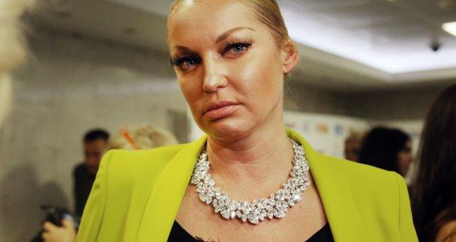 oFdXsYn6v2Ry_volochkova-otvetila-khakeram-slivshim-ee-intimnye