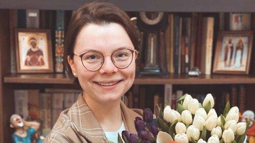 Как фарфоровая статуэтка: молодая жена Петросяна восхитила стройными формами - Степаненко ей давно не конкурент
