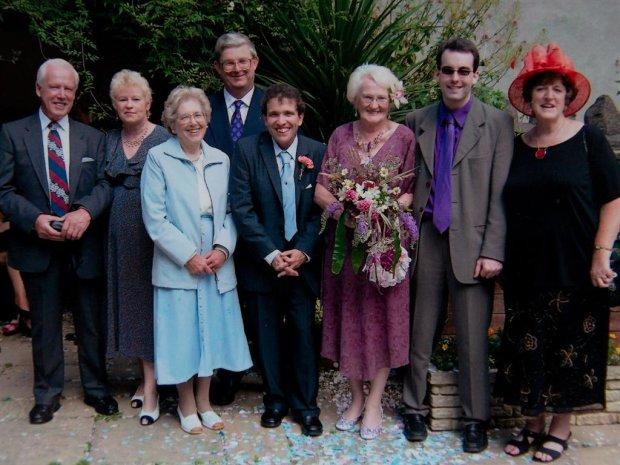 Свадьба Эдны и Саймона