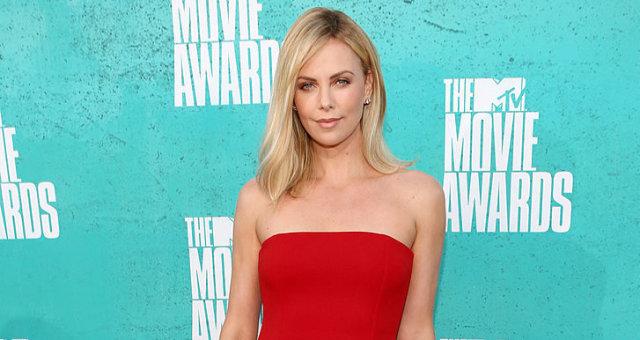 2012 MTV Movie Awards — Red Carpet