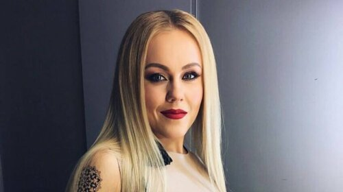 Сменила привычный блонд на ярко-рыжий оттенок: как теперь выглядит Alyosha (фото)