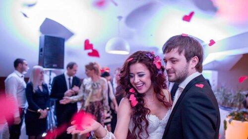 История 20-летних отношений: SLAVIA выпустила откровенную песню о браке с DZIDZIO