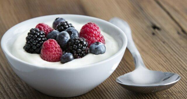Почему стоит потратить время на то, чтобы приготовить йогурт самостоятельно